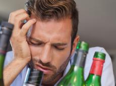 Действенные методы избавления от головной боли с похмелья